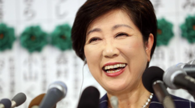小池辞去政党主席职务专注知事工作